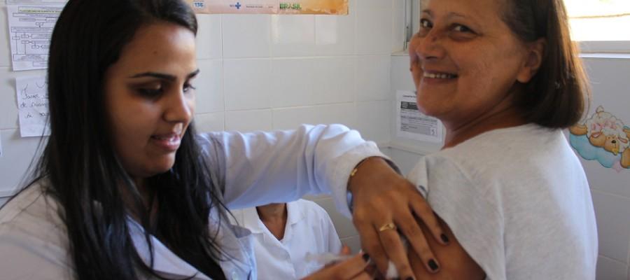 Campanha de vacinação contra gripe tem início em Itabirito