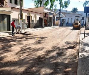 Trânsito sofre alterações na Praça Dr. Guilherme