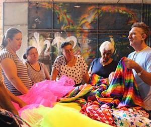 Quem dá cor ao Itabirito Folia: Associação Itabiritense de Artistas e Artesãos é responsável pela decoração de carnaval neste ano