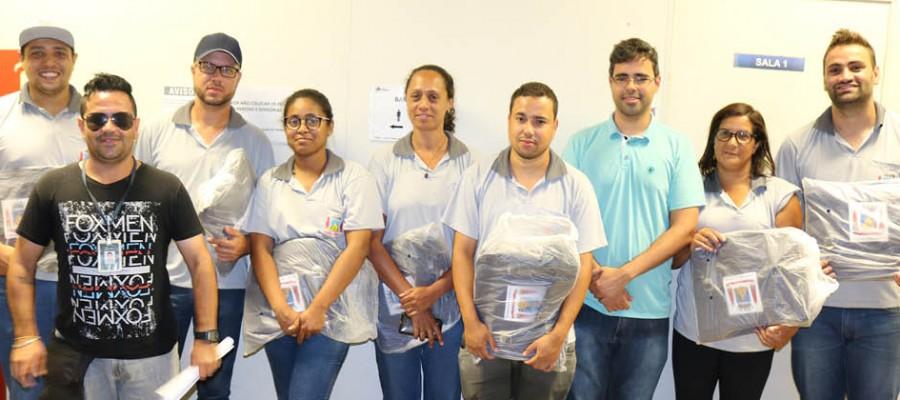 Agentes de combate a endemias de Itabirito recebem novos materiais de trabalho