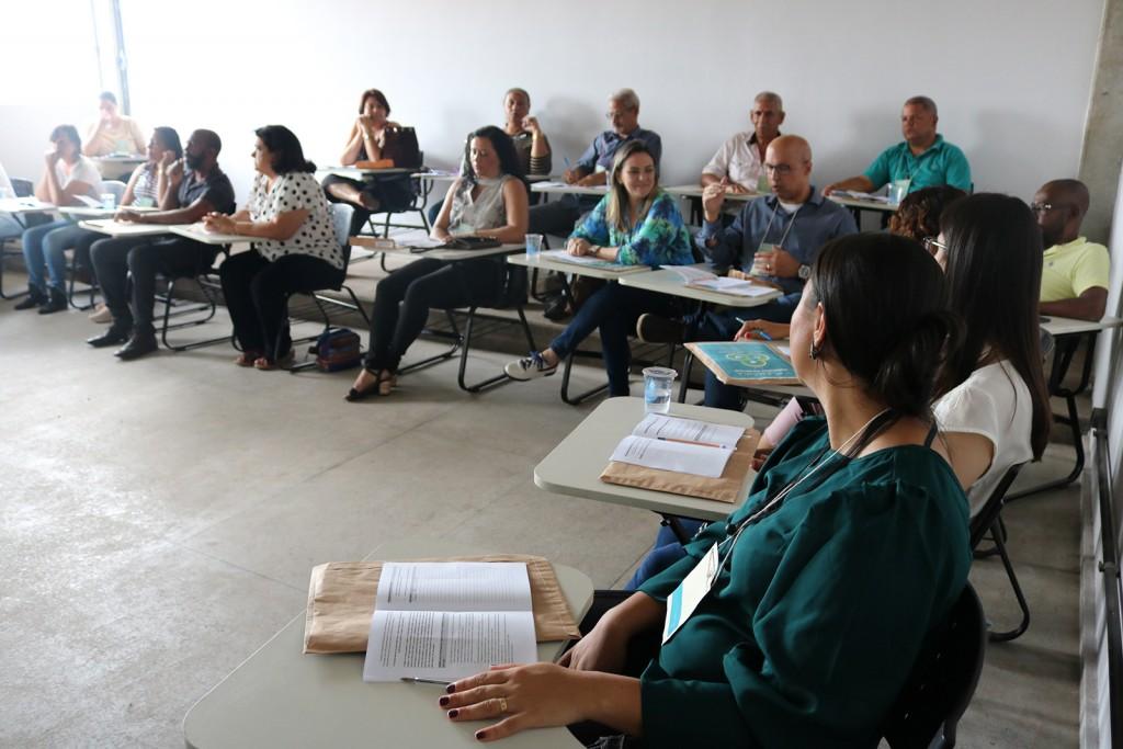 Participantes foram divididos em grupos de trabalho (Créditos: SECOM/PMI)