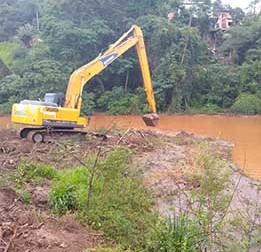 Prefeitura realiza pela primeira vez o desassoreamento da Barragem Santa Luzia